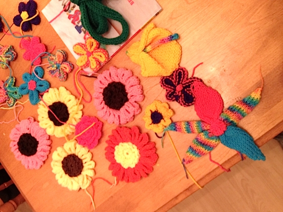 How D'Vine - a floral vine yarn bomb at Twillingate Post Office