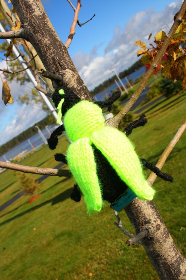 yarnbomb, knitfitti